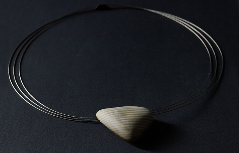 Jarosław Kolec - necklace with a striped flint